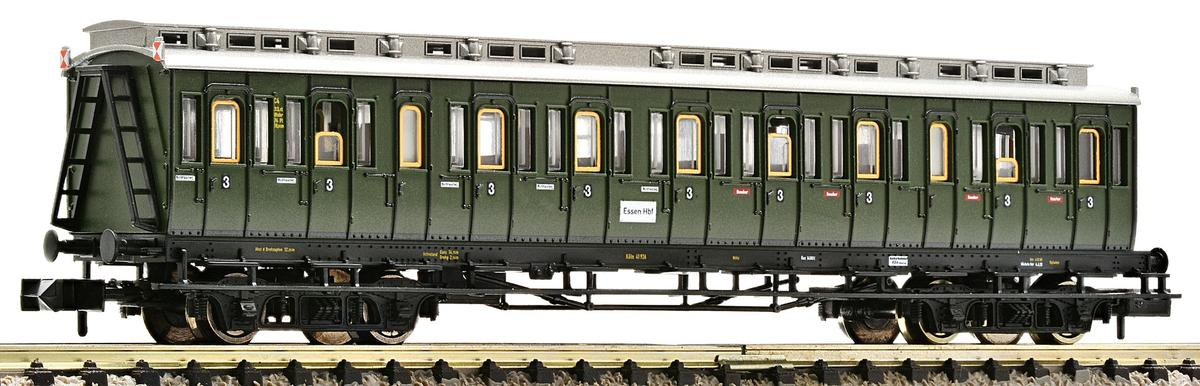 3rd class compartment car with tail end indicators, DB