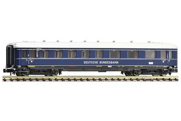 1st/2nd/3rd class streamlined express train passenger car